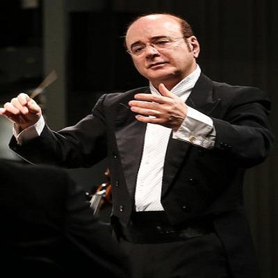 کنسرت ارکستر سمفونیک با رهبری منوچهر صهبایی در تالار وحدت تهران