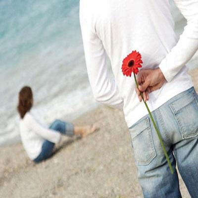 دانلود آهنگ با یک گل بهار نمیشه -  گریه ها کرده ام ولی چند او به من خندید و رفت